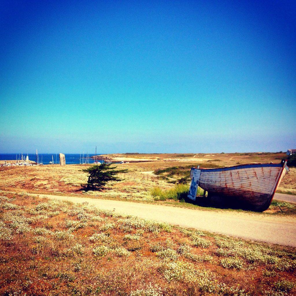 boat on barren landscape - hoedic