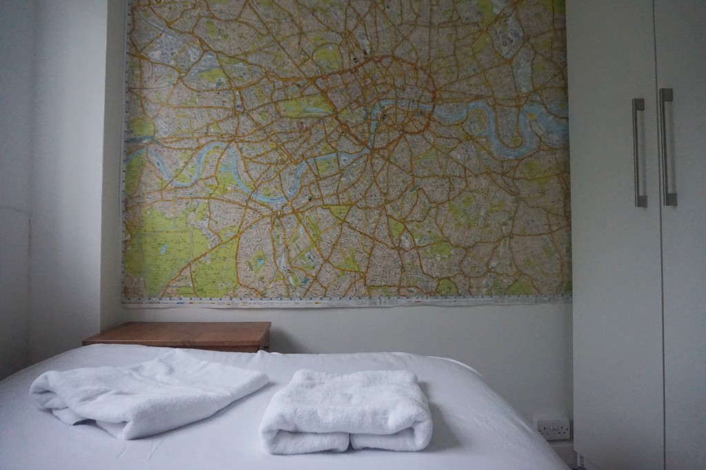 I love the London map on the wall!