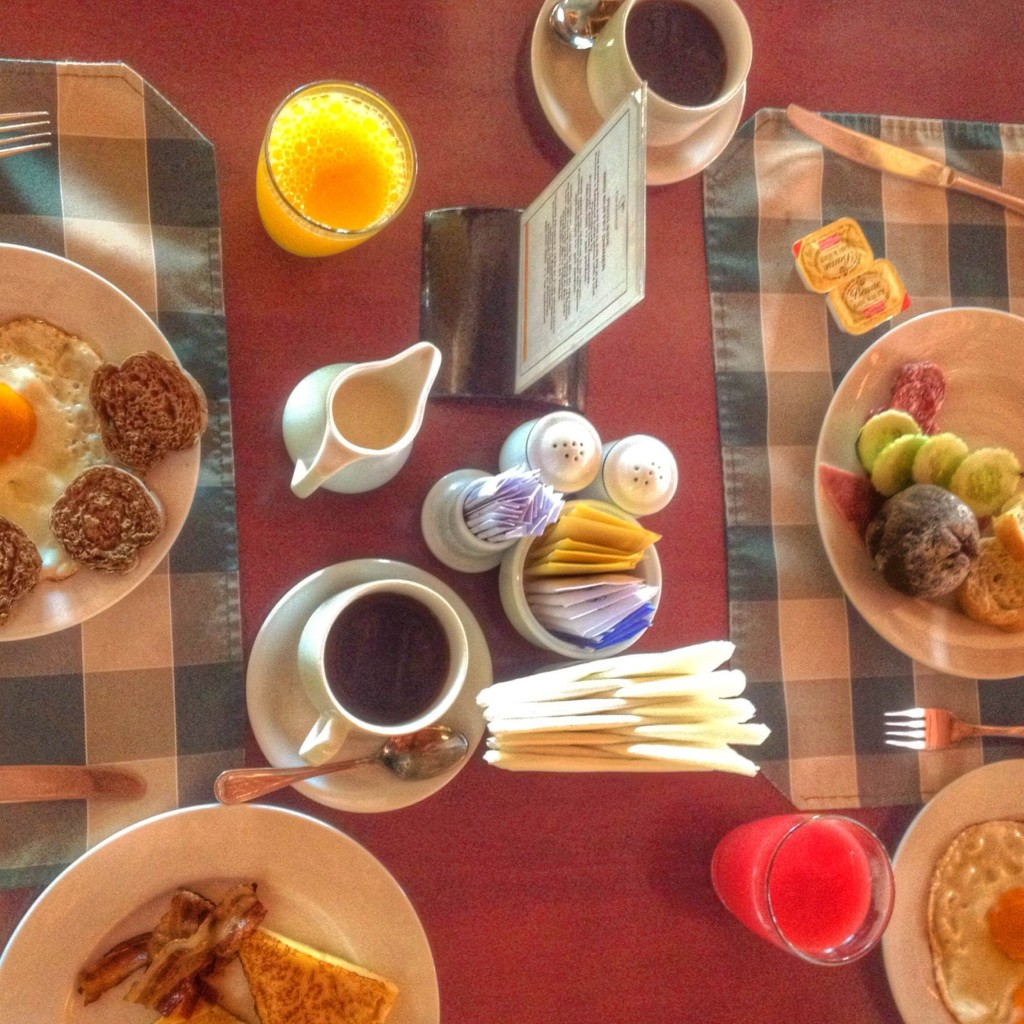 Brekfast for two. We eat, a lot!