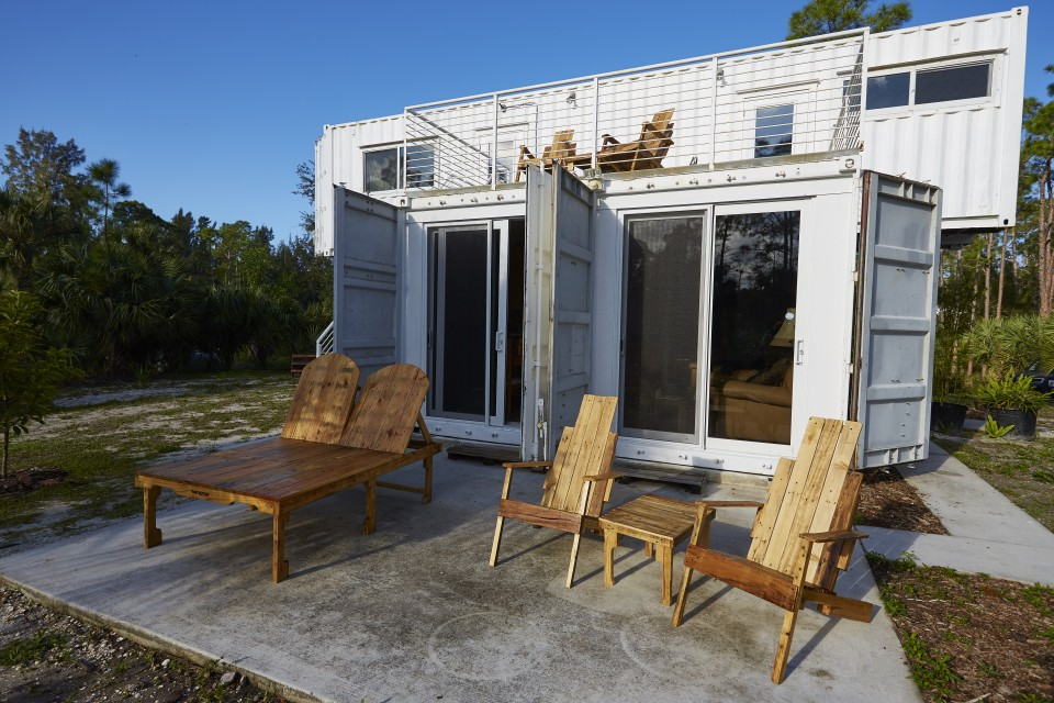 12 Epic Glamping Destinations in the USA - Headwaters Eco Reatreat, Florida. Photo by Headwaters Eco Retreat - Read more on everysteph.com